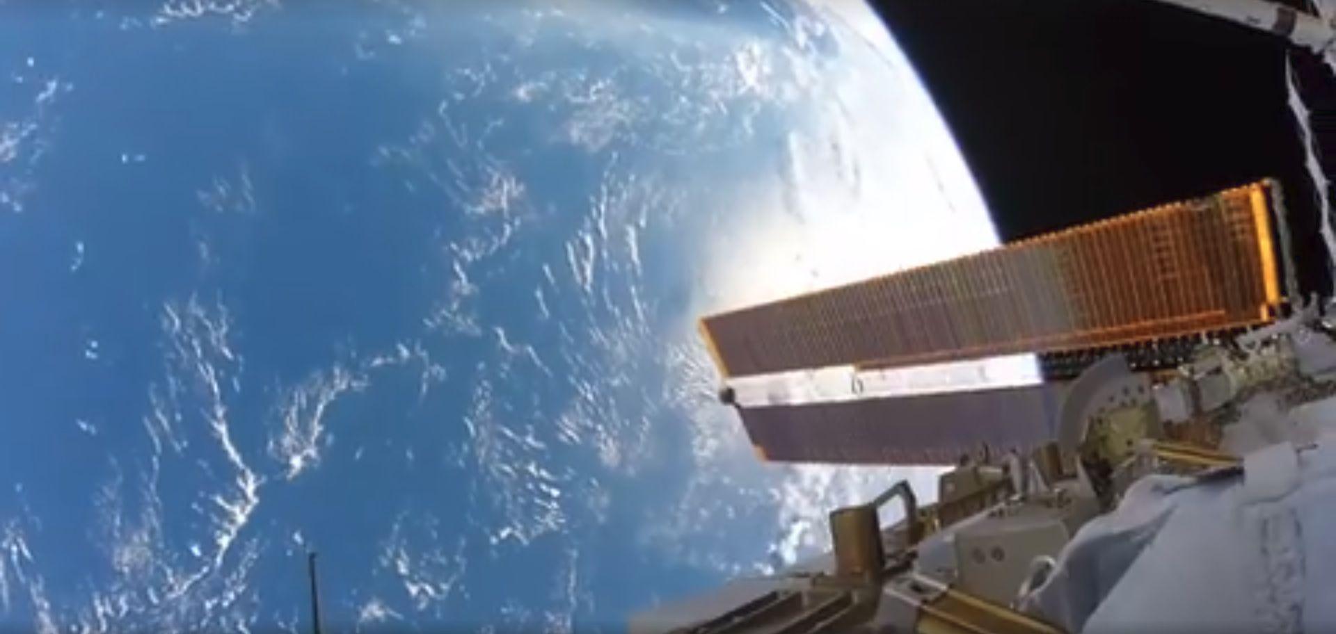 11_28_NASA Bresnik Spacewalk