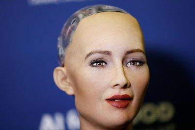 11_28_Sophia_Robot
