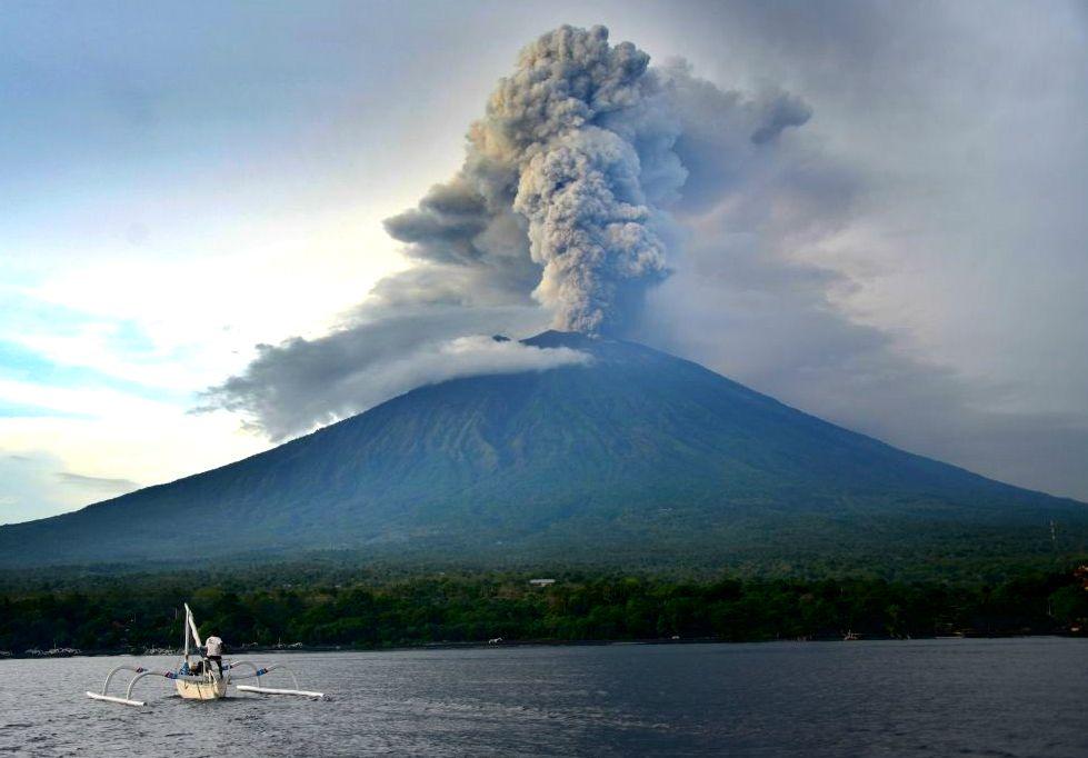 When will bali volcano erupt