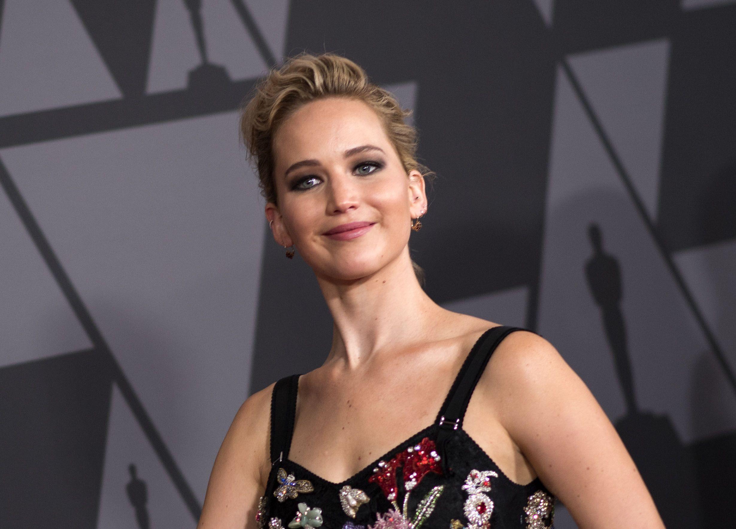 Jennifer Lawrence is an 'asshole', according to Jennifer Lawrence