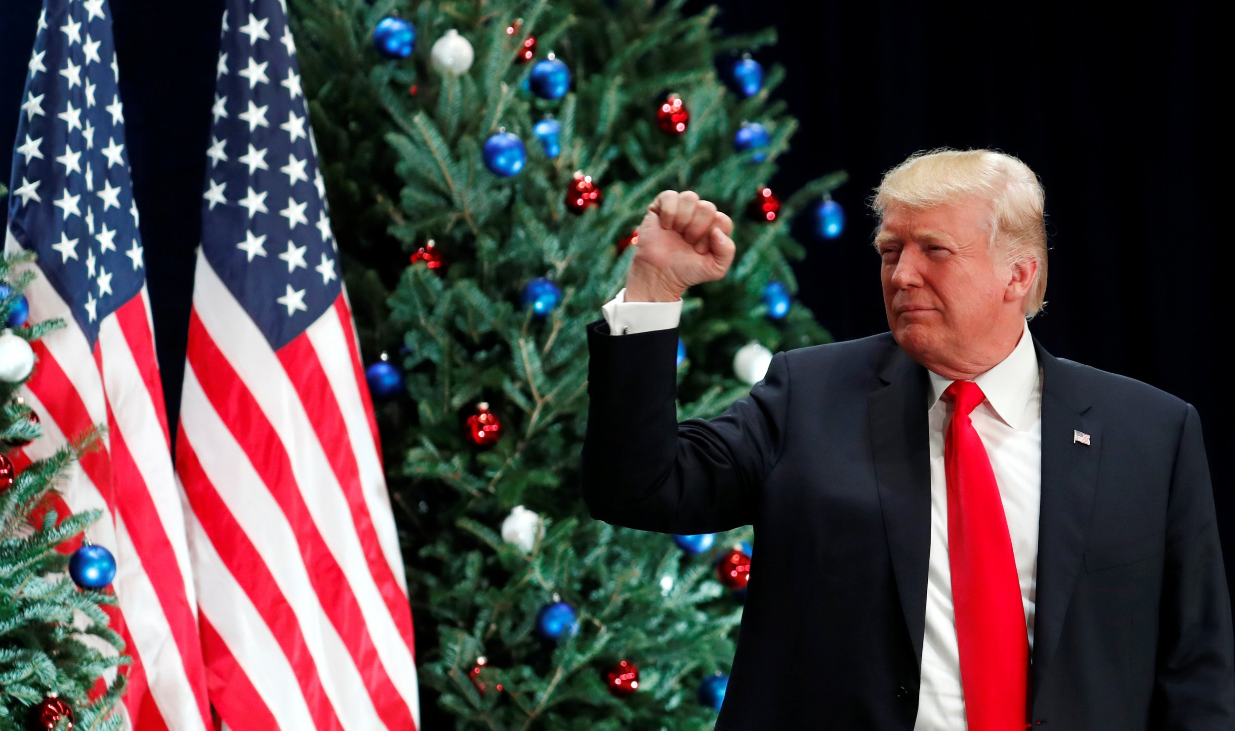 Hillary Clinton Christmas.Trump Still Tweeting About Crooked Hillary Clinton A Year