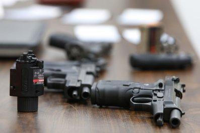 12_1_Guns