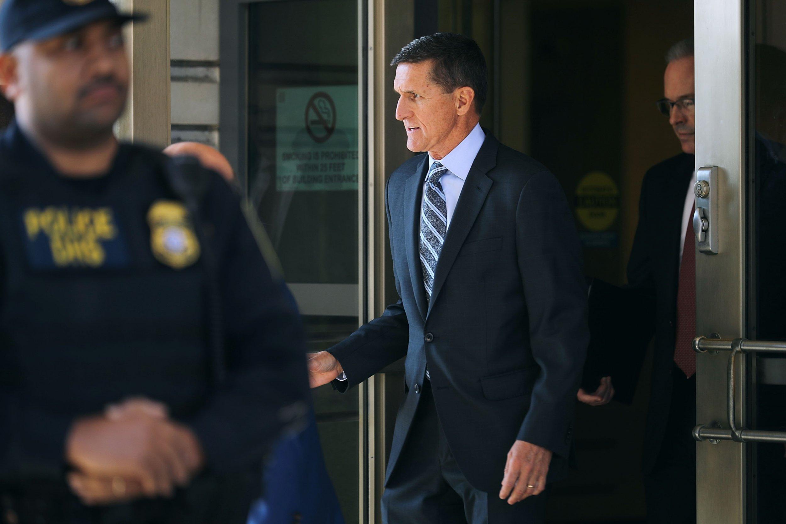 12_01_Flynn_cooperate_Mueller
