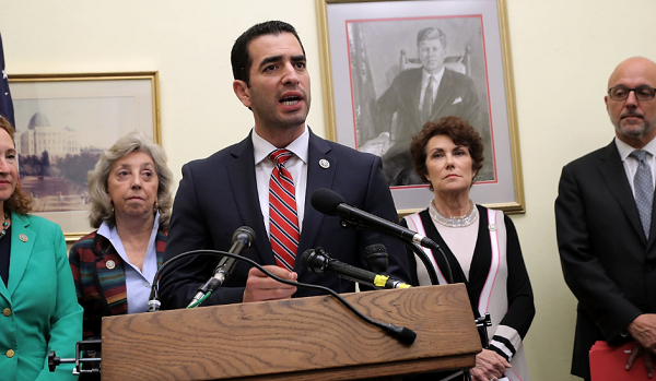 Nancy Pelosi Calls For Rep. Ruben Kihuen's Resignation