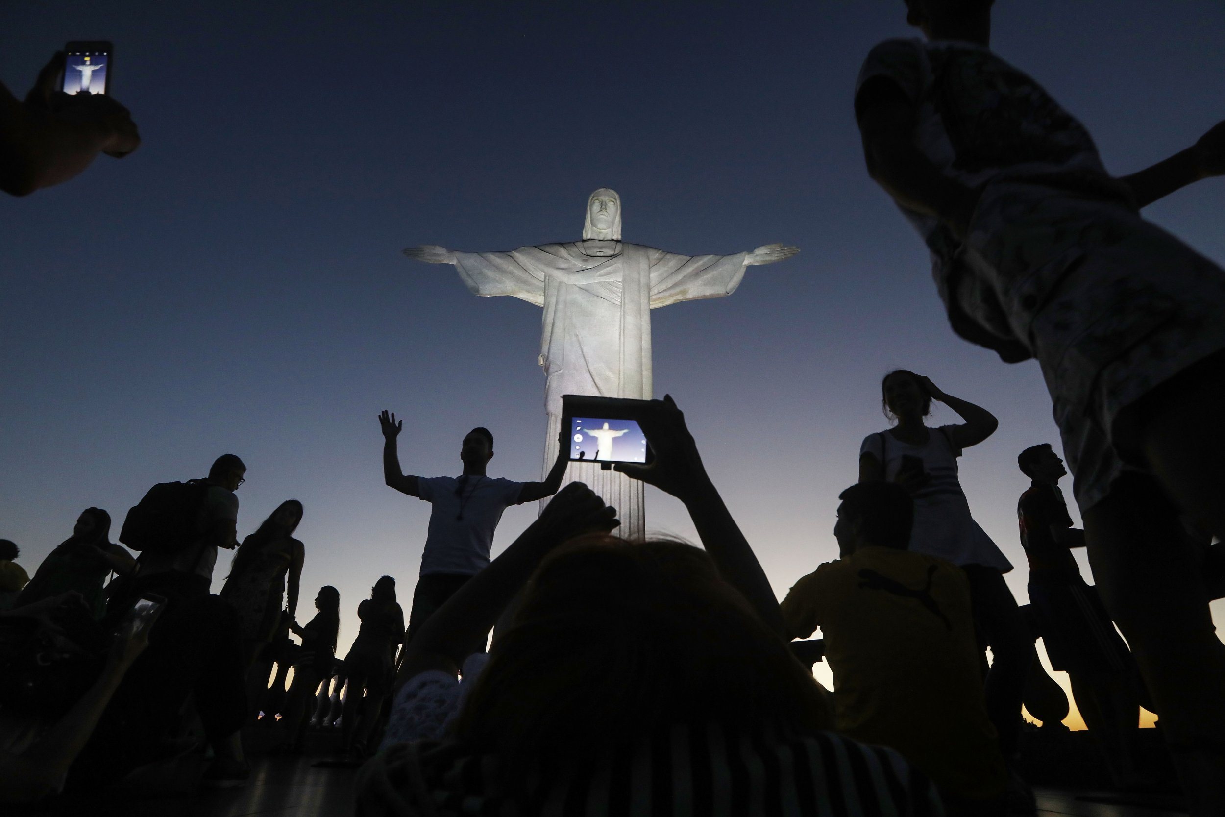 12_4_Christ_the_Redeemer