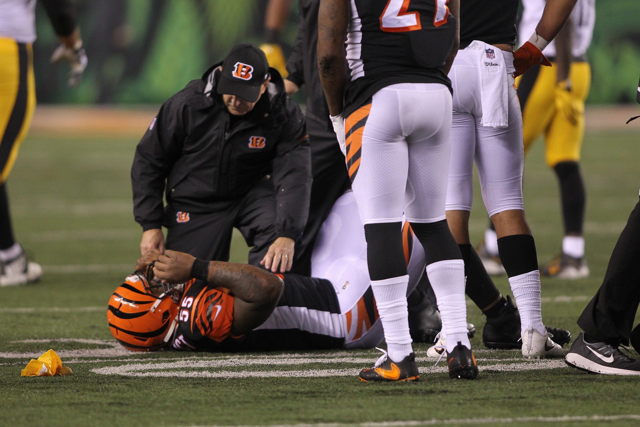 182ab0efd67 Did Steelers-Bengals Prove the NFL Is Still Too Violent  Ryan Shazier Was  Just One Casualty of Monday Night Football