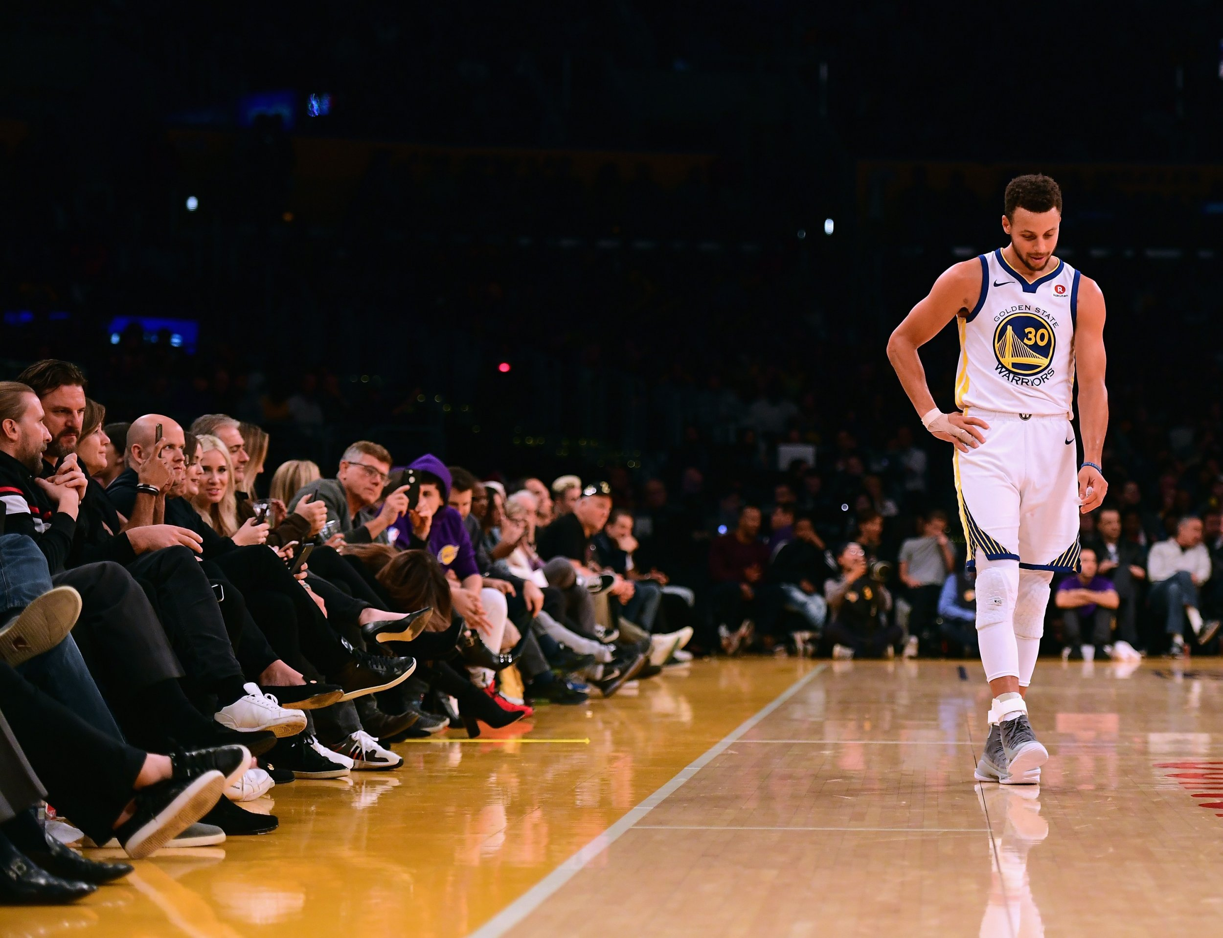 Stephen Curry Injury: How Many Games Will Warriors Star ...