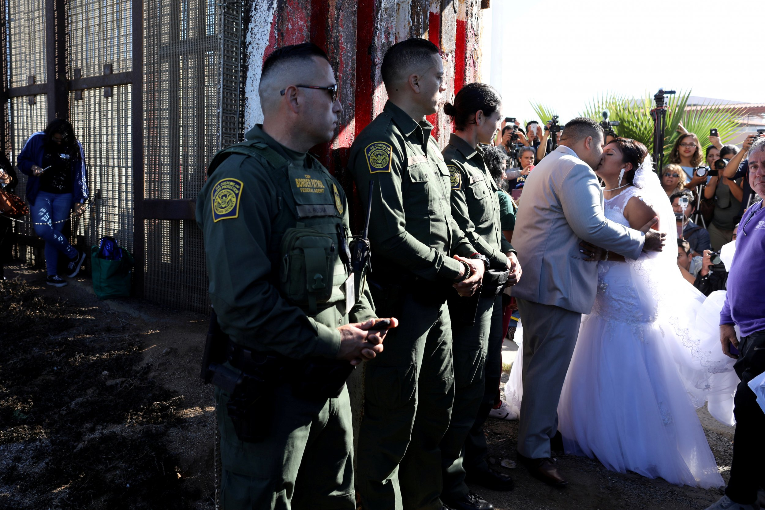 border_wedding