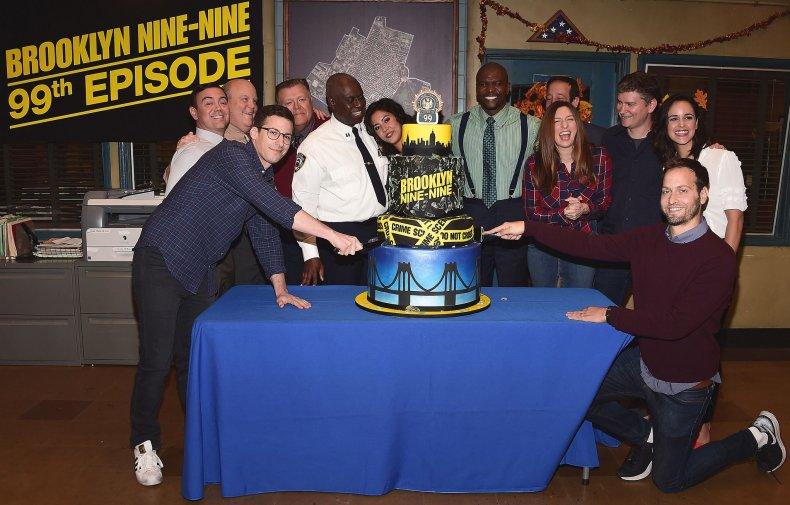 brooklyn-nine-nine-cake