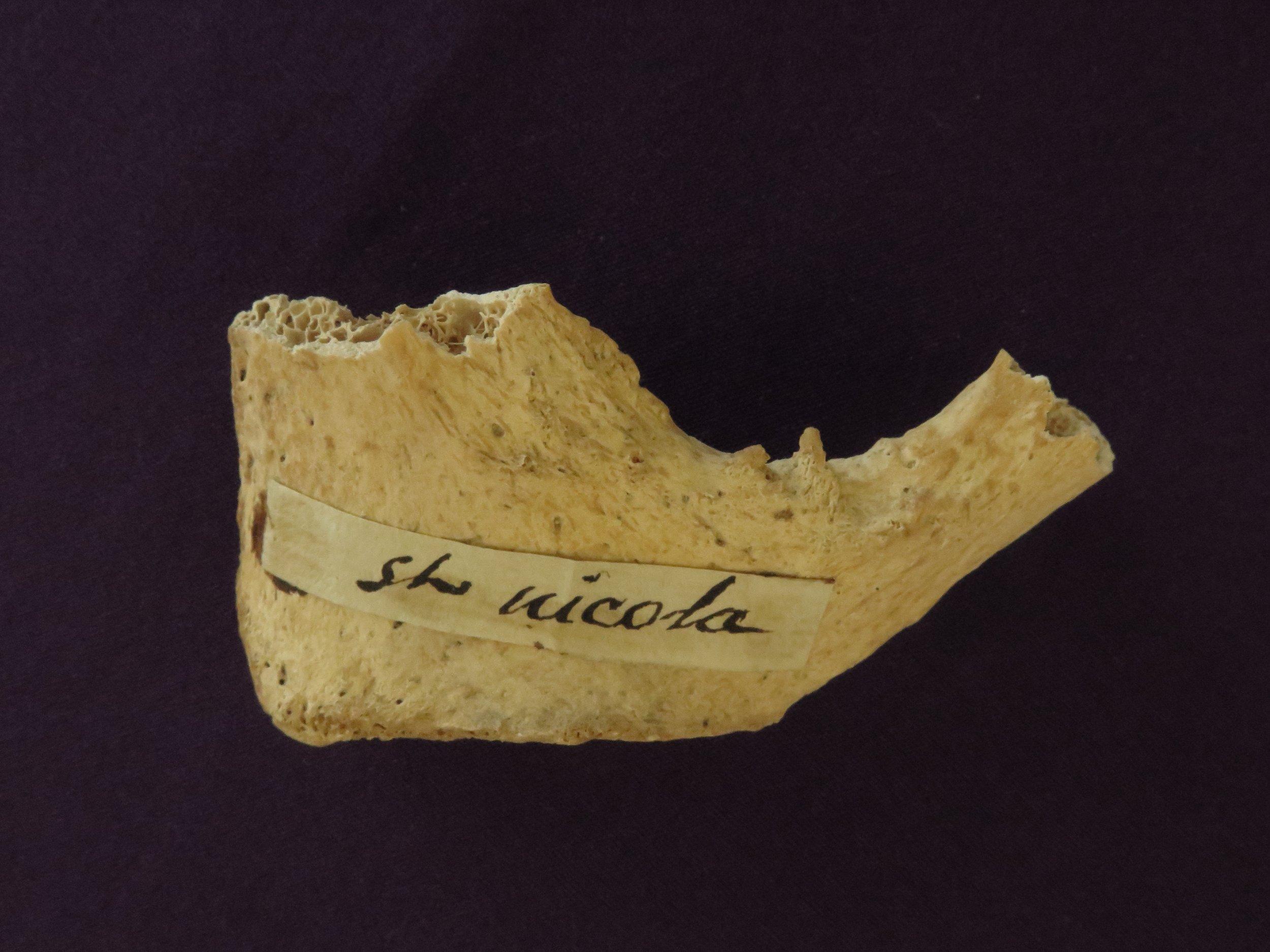 12_6_Santa's Bone
