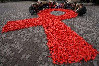 12_06_Russia_HIV