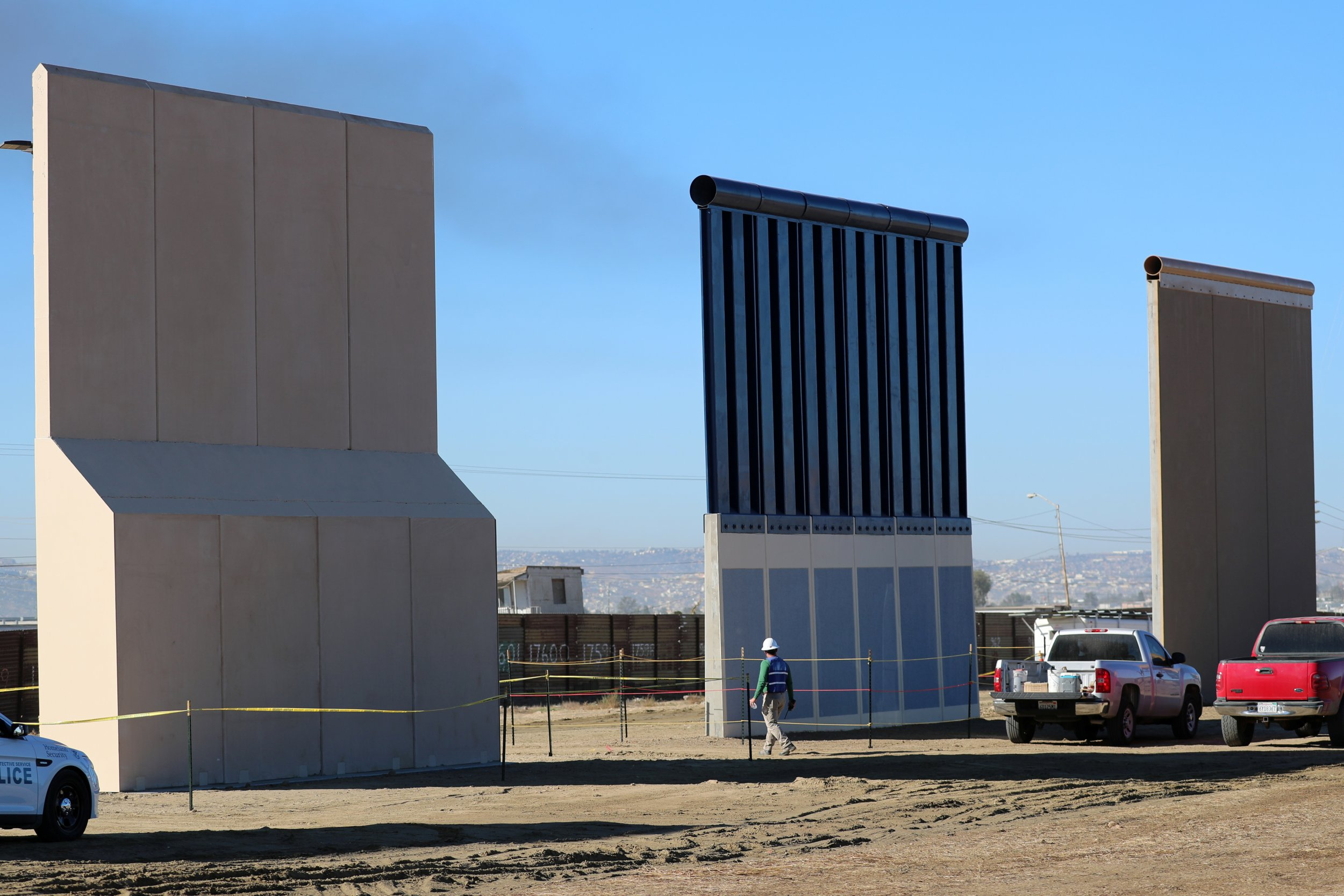 Border Agents Batter Trump S Wall Samples With Jackhammers