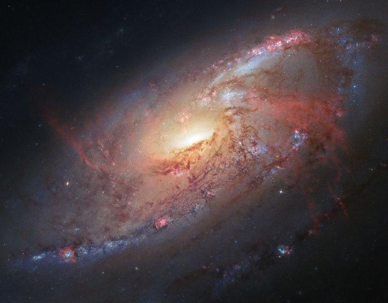 12_7_Spiral Galaxy M106