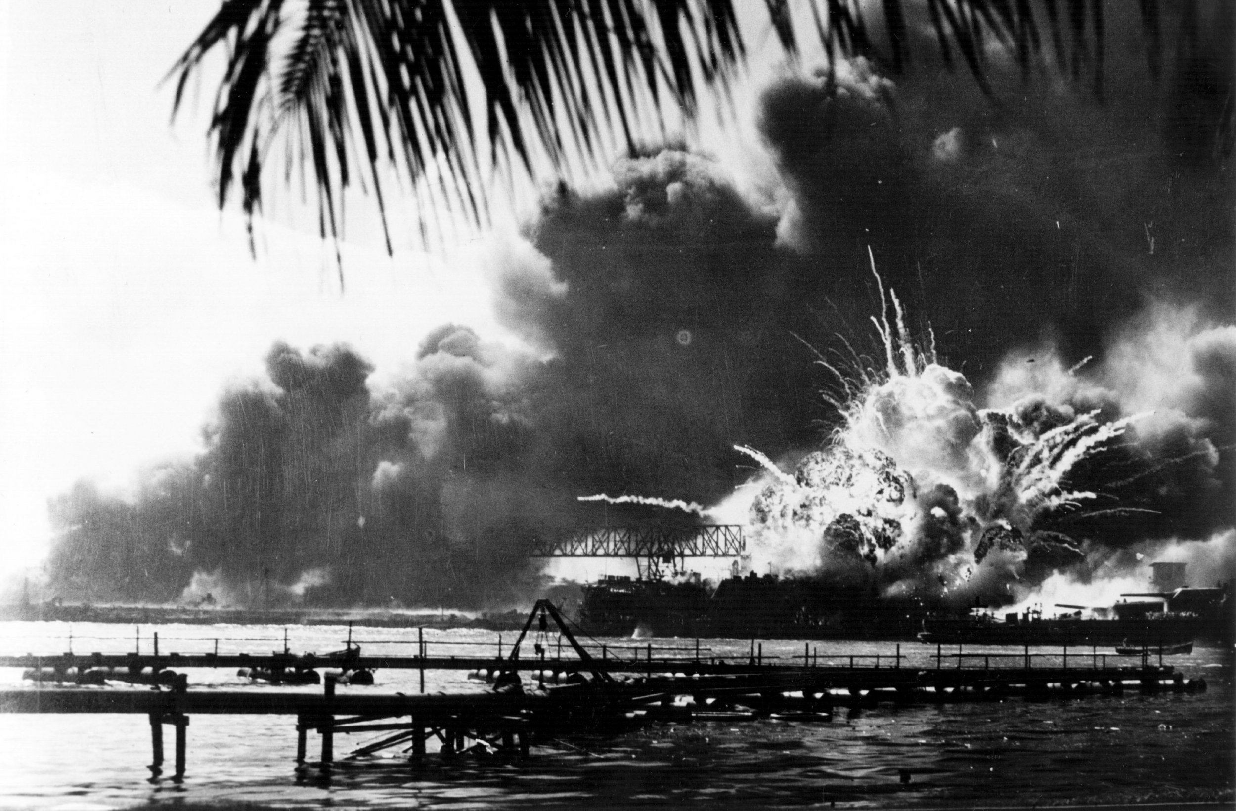 12_07_Pearl_Harbor_attack