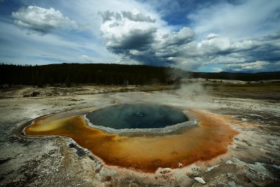 12_07_yellowstone_supervolcano