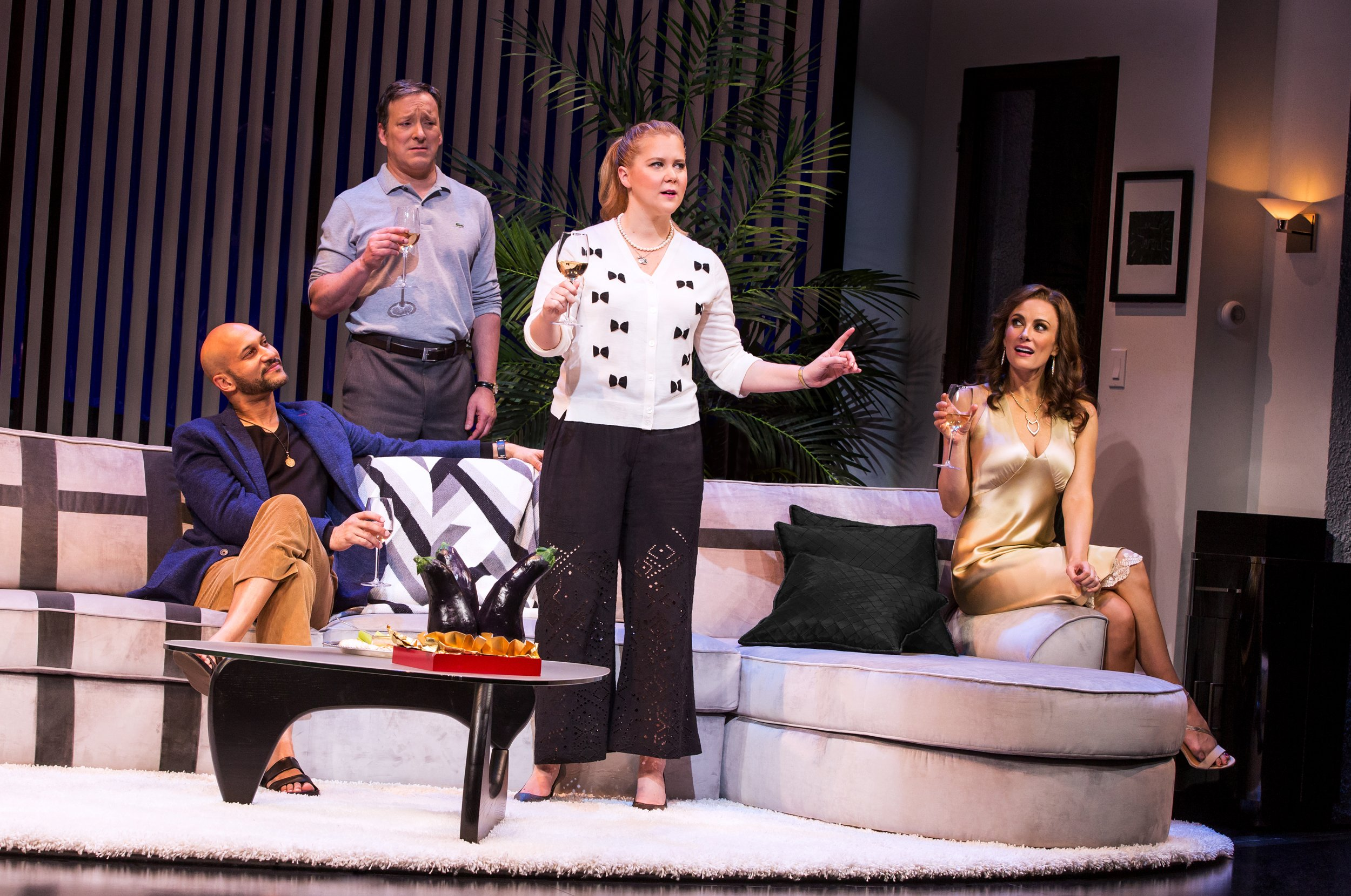 Keegan-Michael-Key-Jeremy-Shamos-Amy-Schumer-Laura-Benanti-in-METEOR-SHOWER