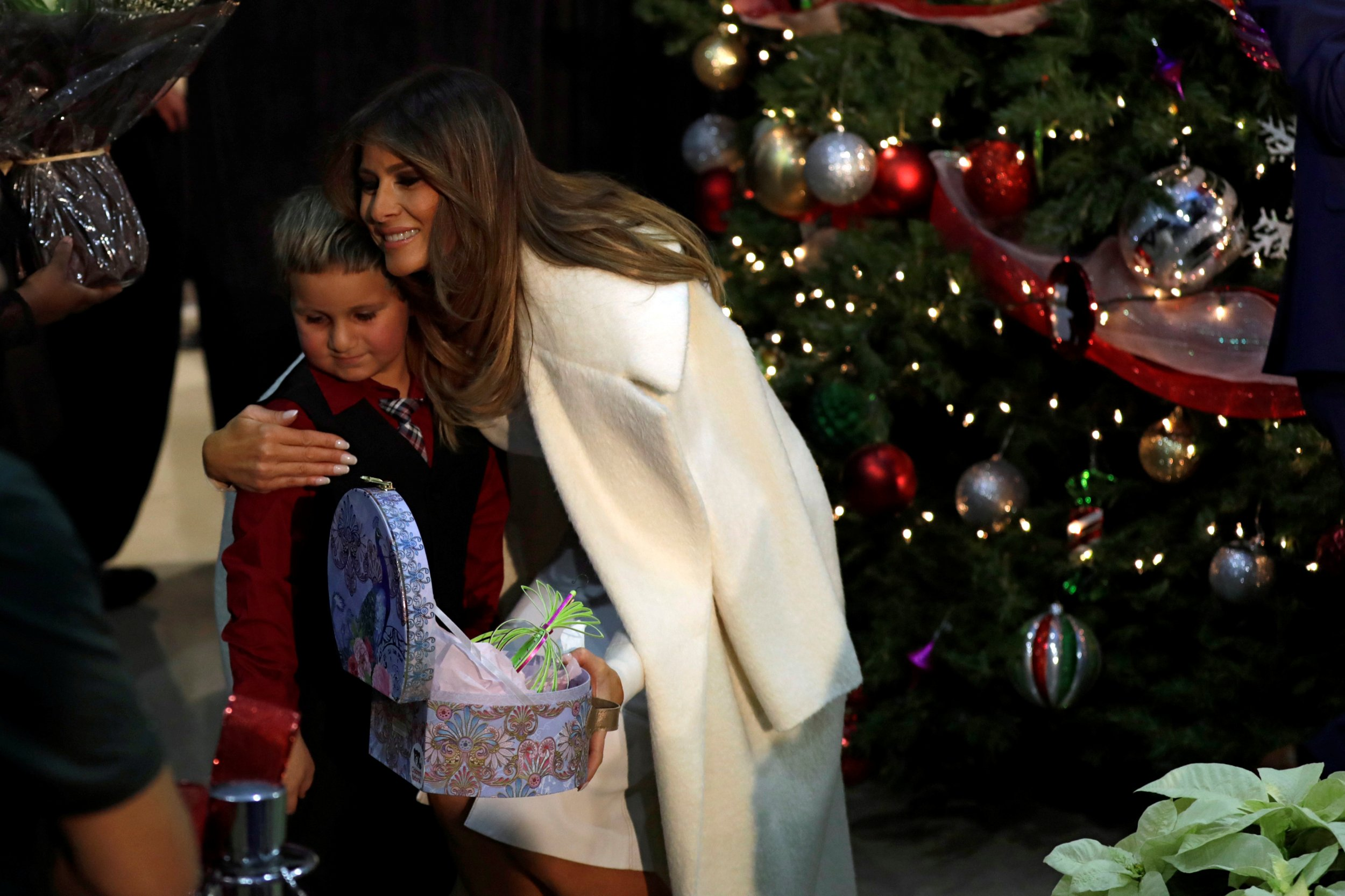 melania trump wants to spend christmas on a deserted island yes really