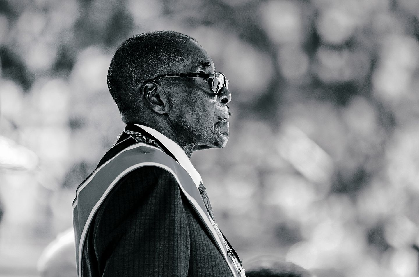 Mugabe off to Singapore bolthole