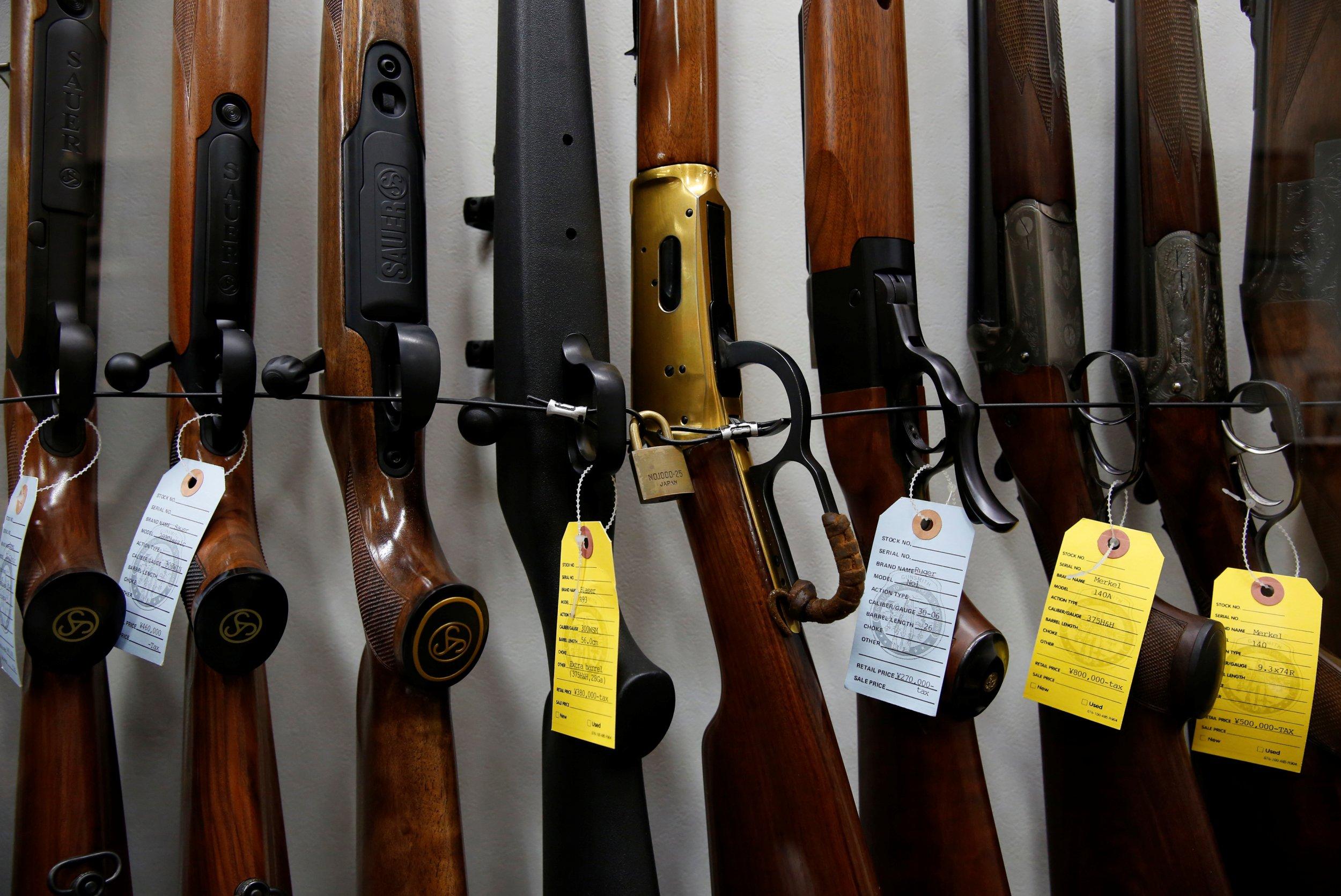 12_09_Guns