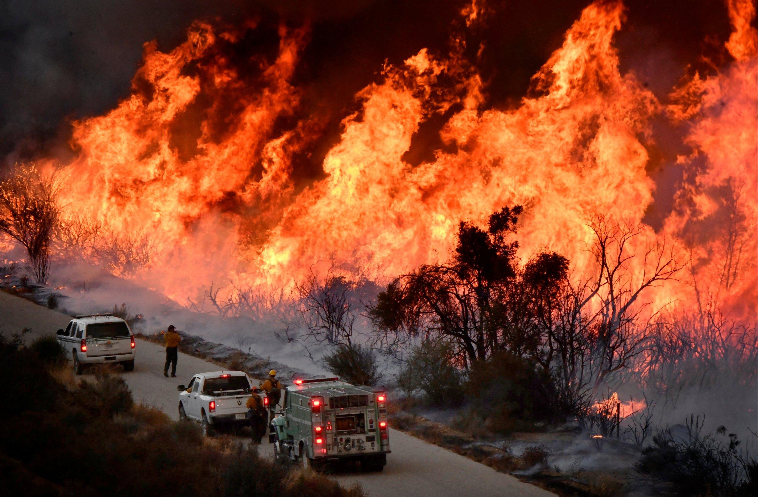 California Fires Map Update  Thomas Fire Forces Evacuations  School Closures In Santa Barbara