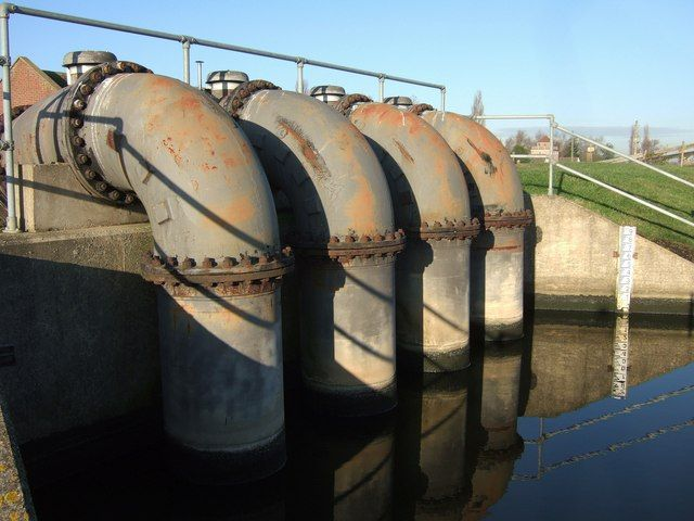 12_11_Water Pipes