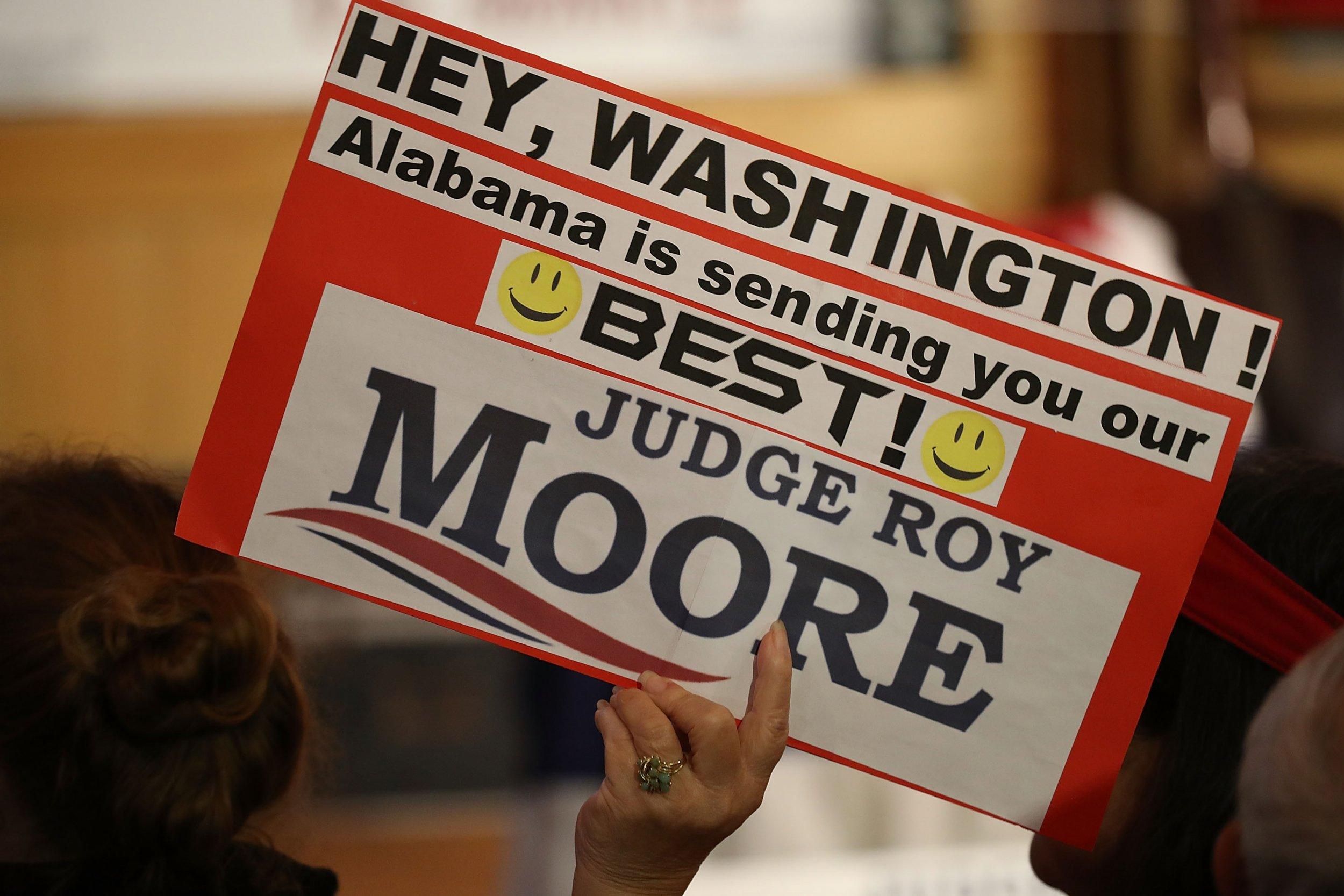 Roy Moore, Alabama election