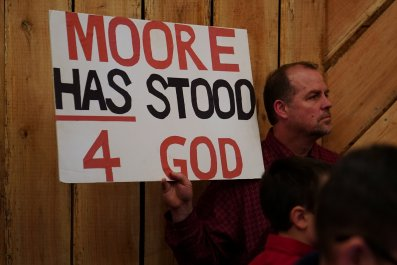 12-12_Roy Moore god sign