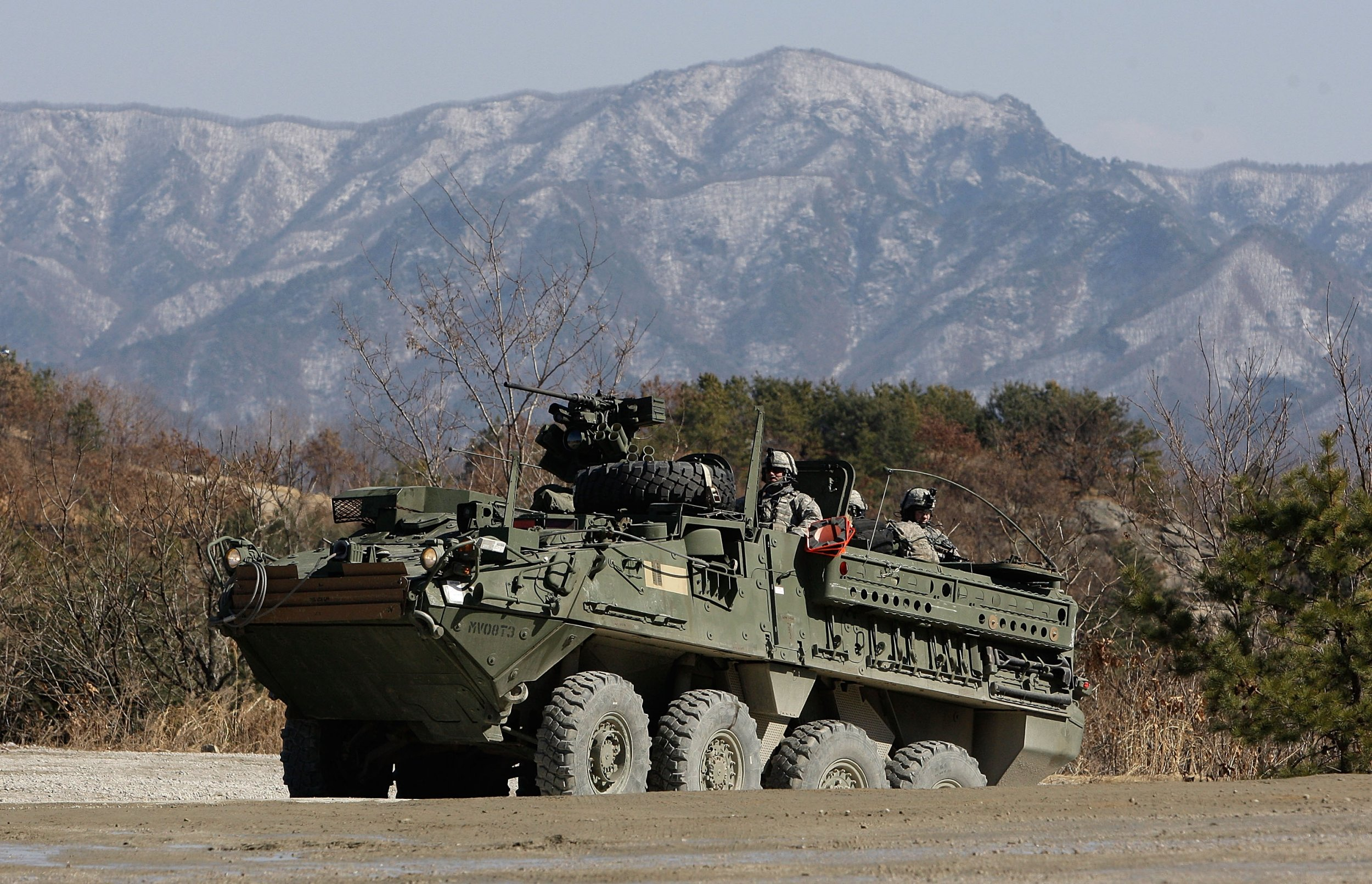 12_15_US_army_Stryker_Russia