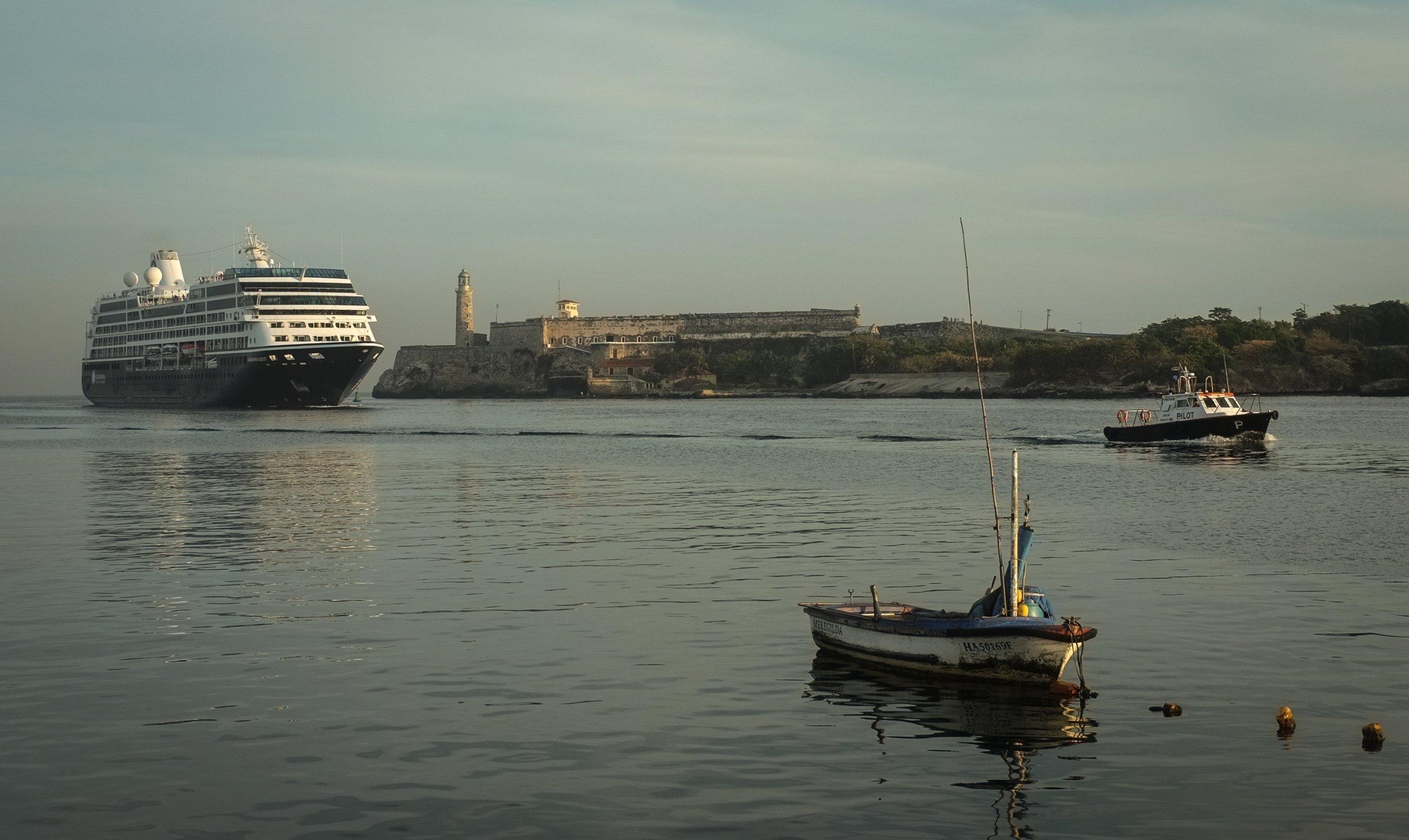 12 16 Cruise Ship