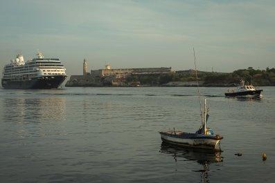 12_16_Cruise Ship