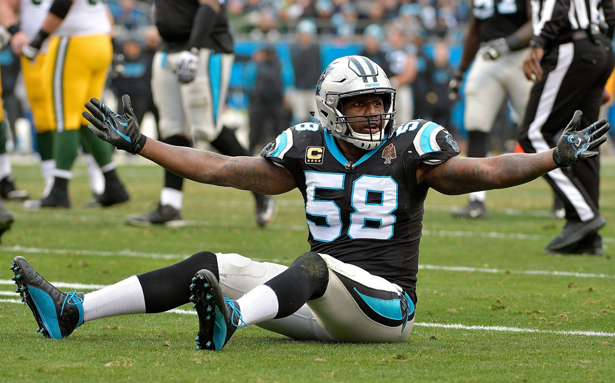 Thomas Davis of the Carolina Panthers at Bank of America Stadium, North Carolina, December 17.