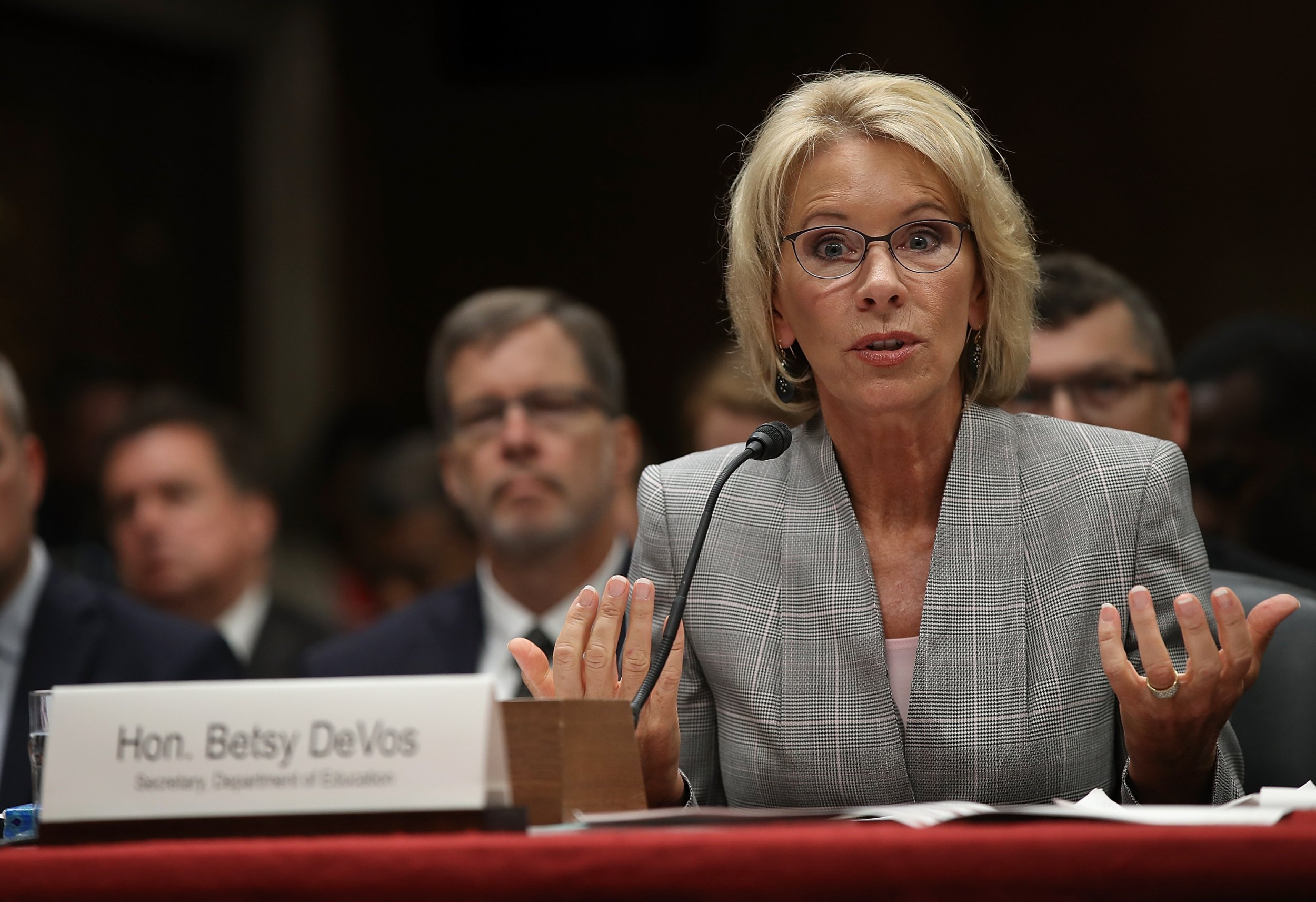 Pick For Us Education Secretary Rankles >> Upset Over Tweet Teachers Say Betsy Devos Doesn T Know What A