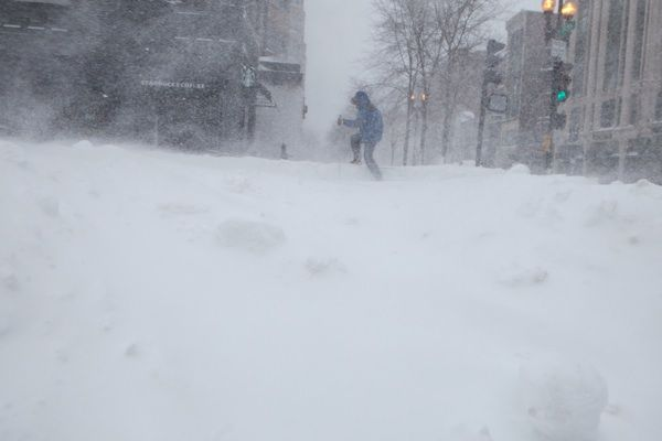 White Christmas: Midwest Storm Will Blanket Much of Northeast Giving Boston First Xmas Snow in 14 Years