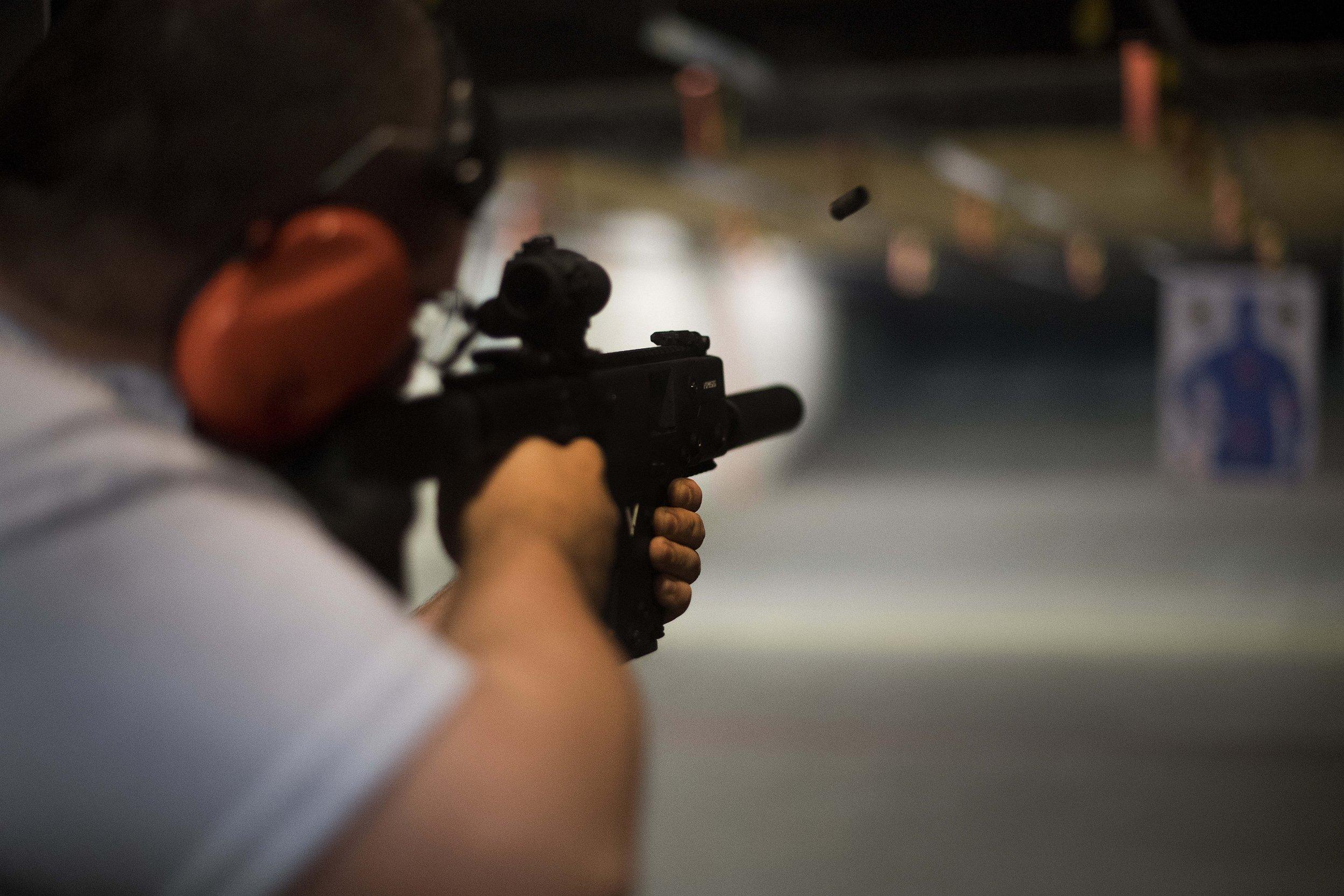 12_26_US_Guns