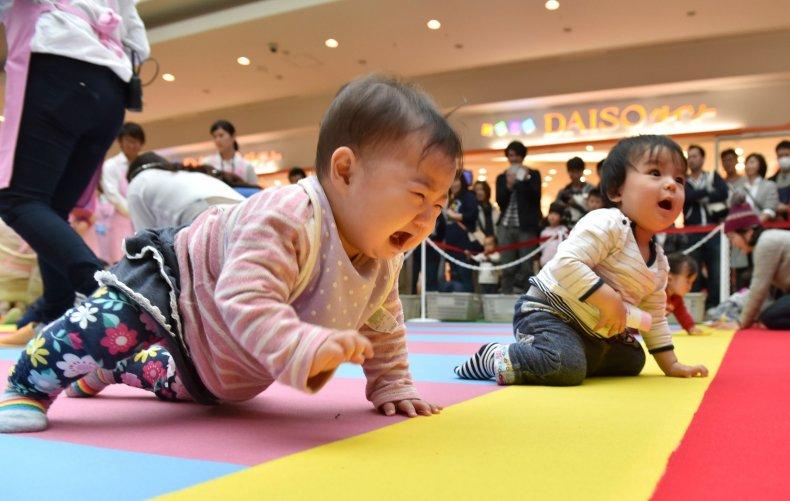 Japan babies crawling
