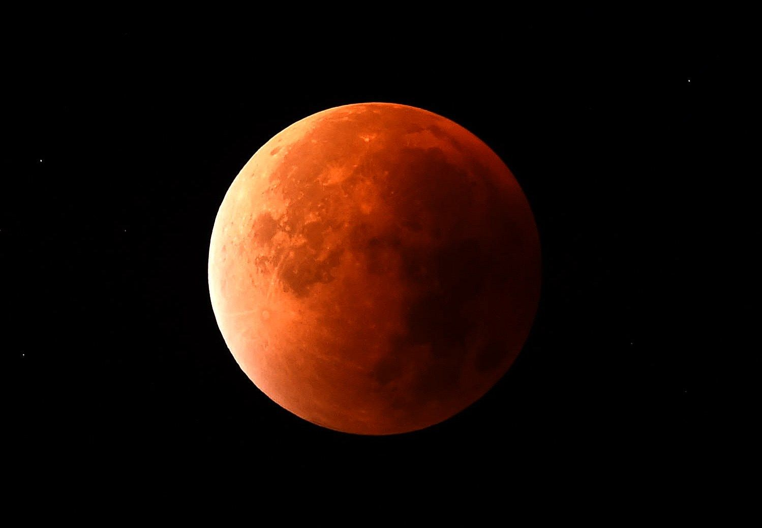 12_27_blood_moon