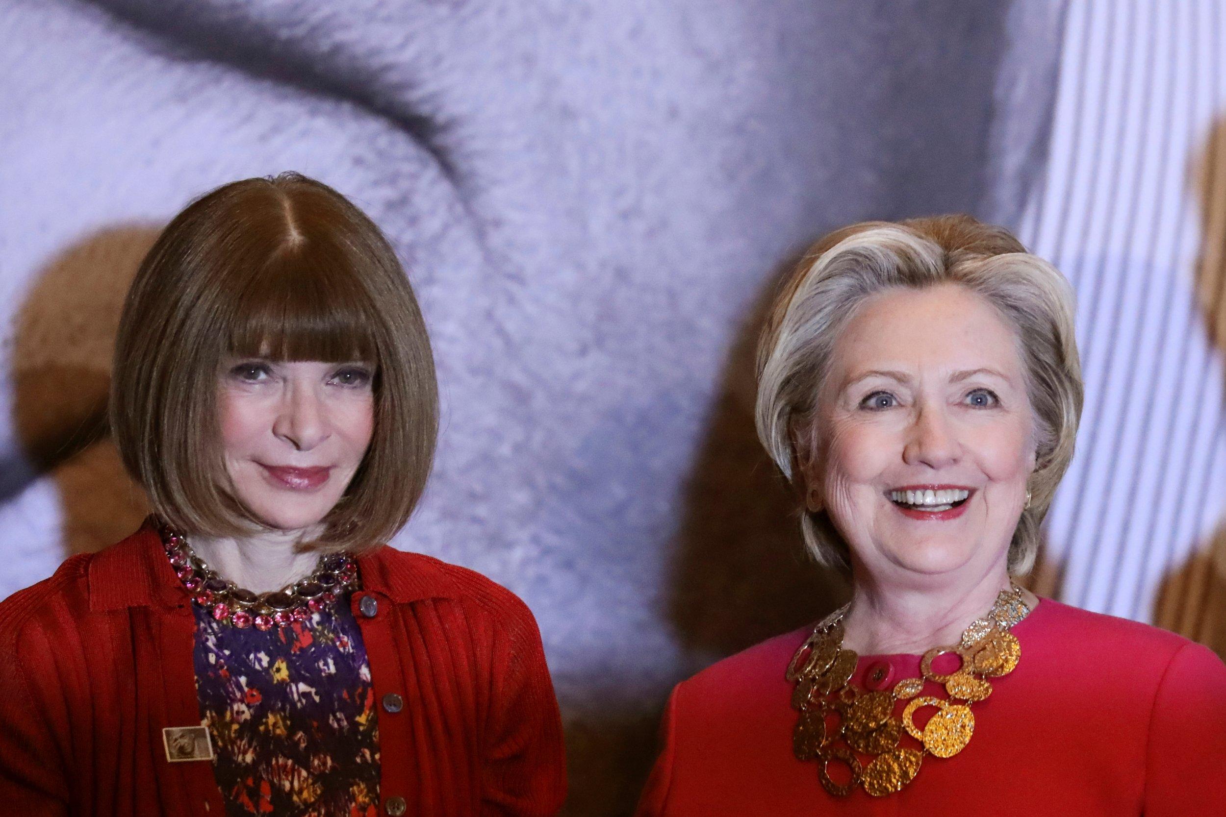 12-28 Wintour Clinton