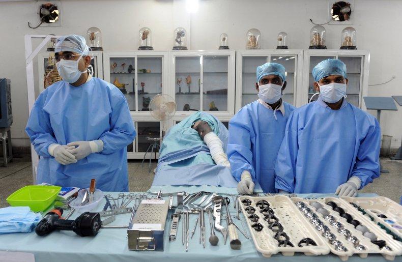 hip replacement surgeons