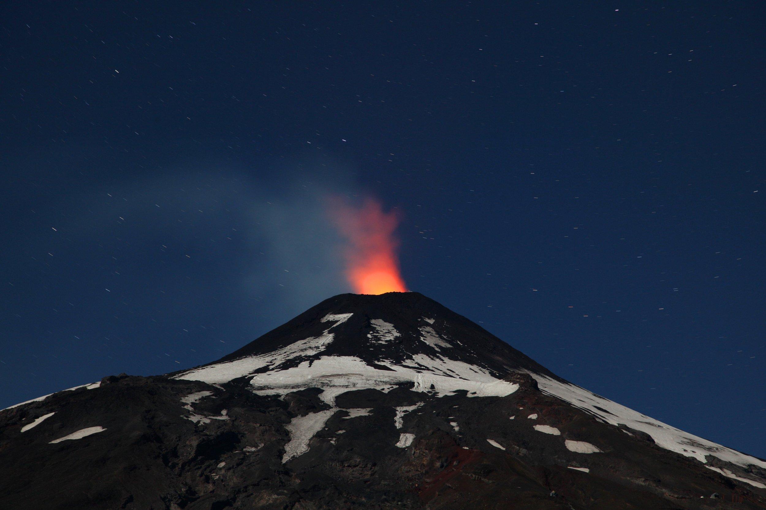 01_02_villarrica_volcano_chile