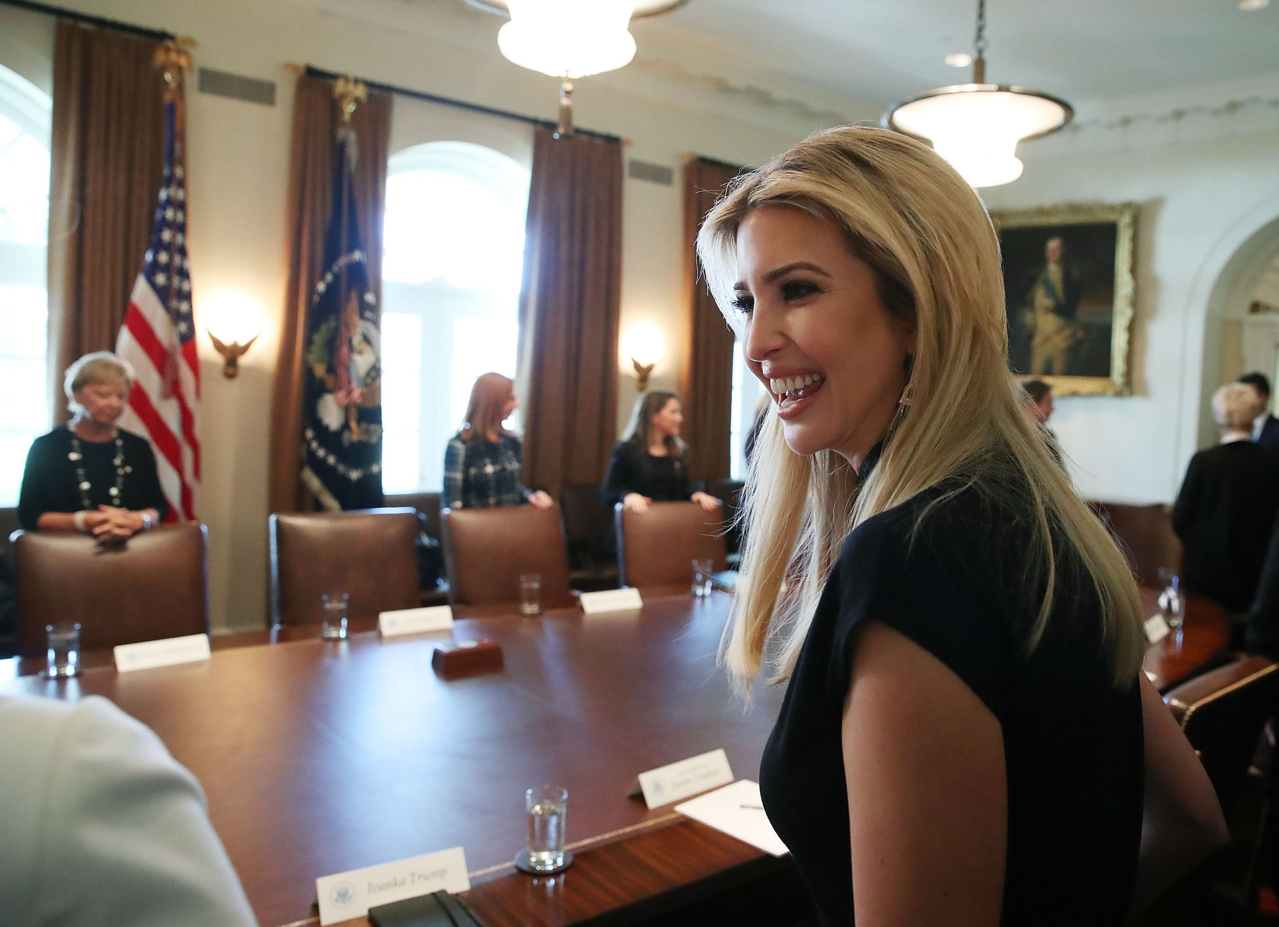 Is Ivanka Trump Staying At The White House In 2018 President S Daughter Updates Twitter Location And Profile