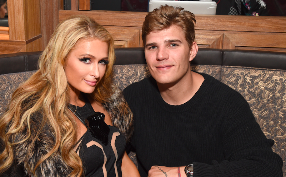 paris hilton s net worth increases by 2 million after fianc chris zylka gifts her engagement ring. Black Bedroom Furniture Sets. Home Design Ideas