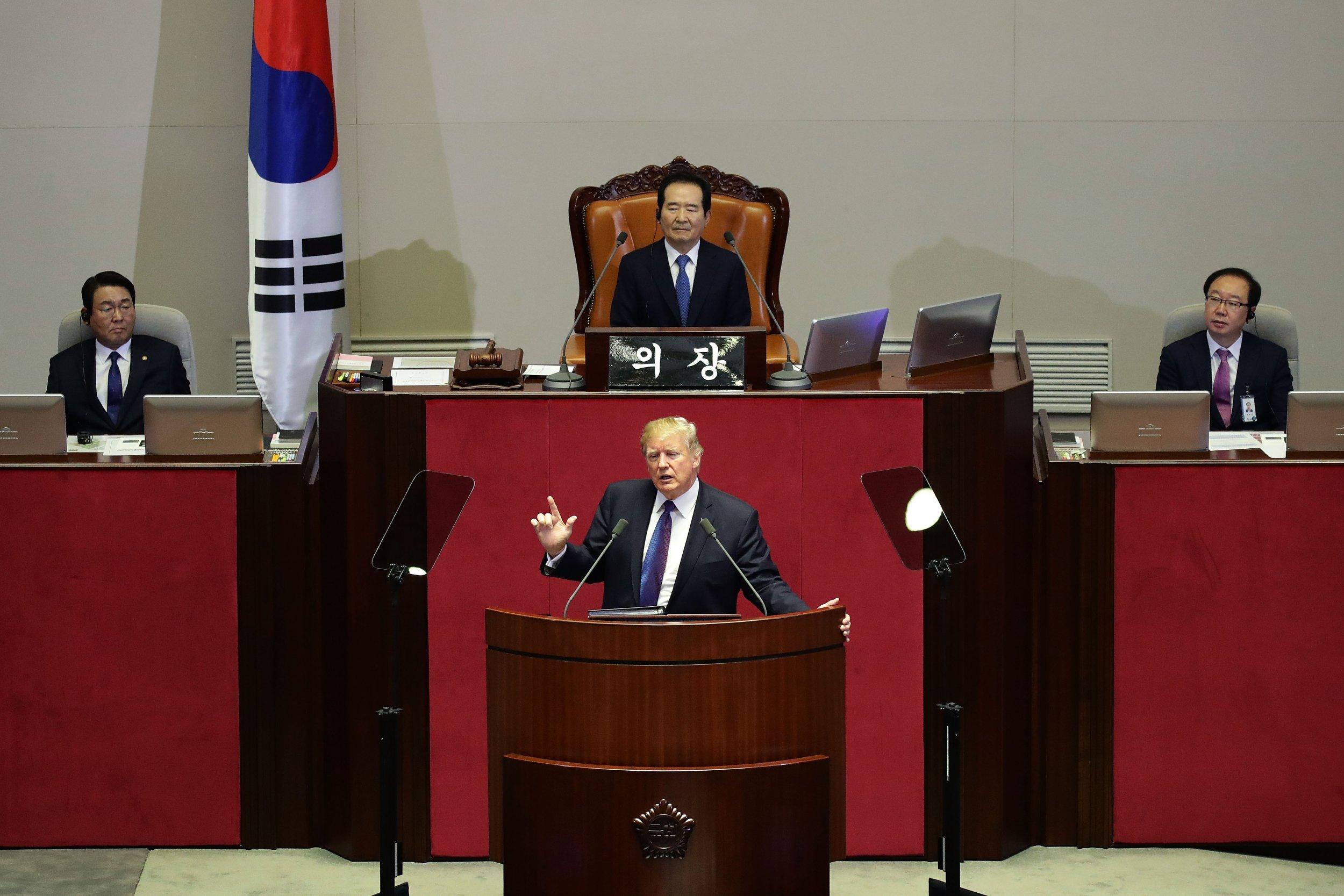 01_04_Trump_South_Korea