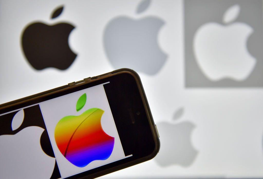 Apple iphone bug meltdown ios