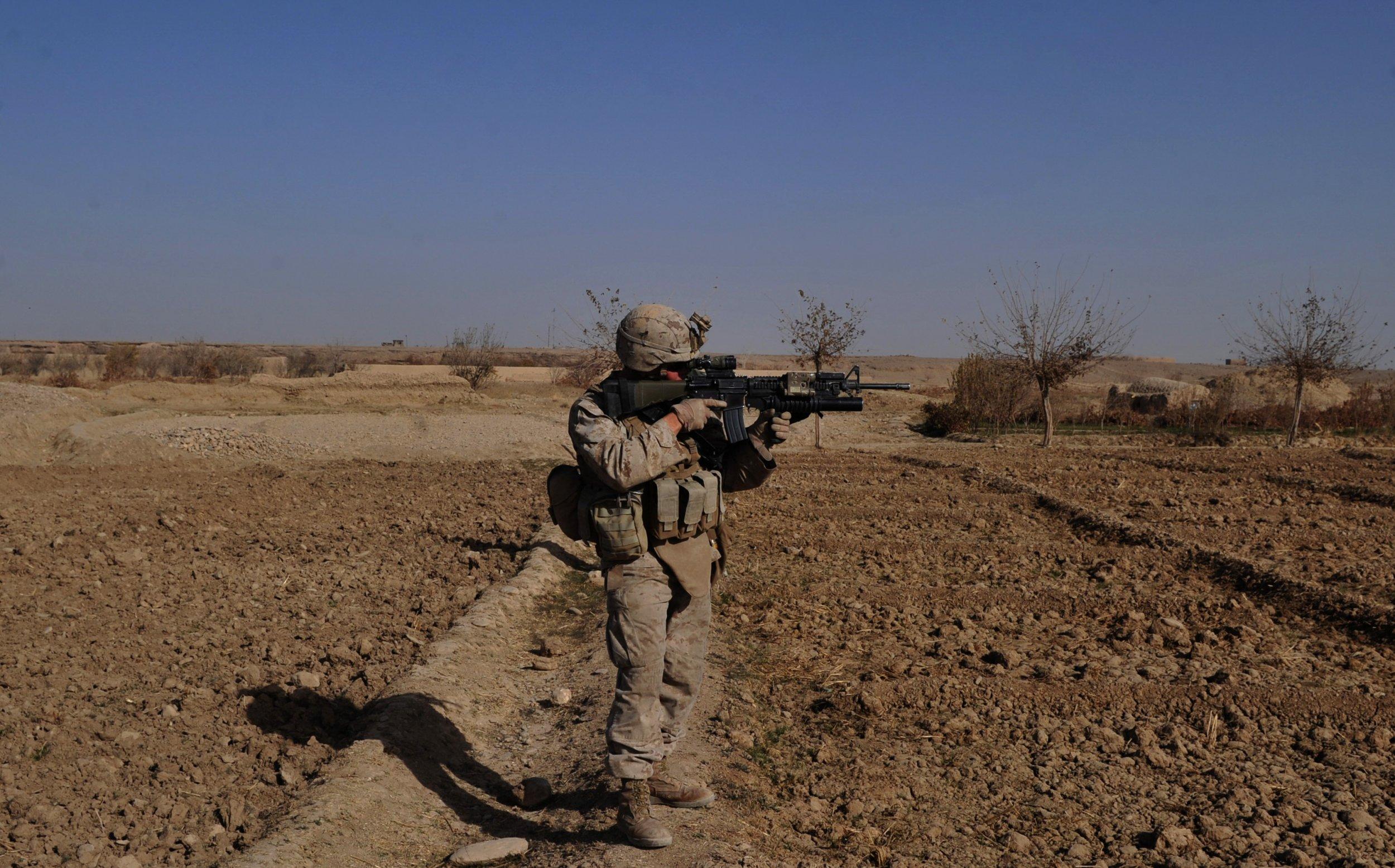 01_05_Marines_rifle_M27