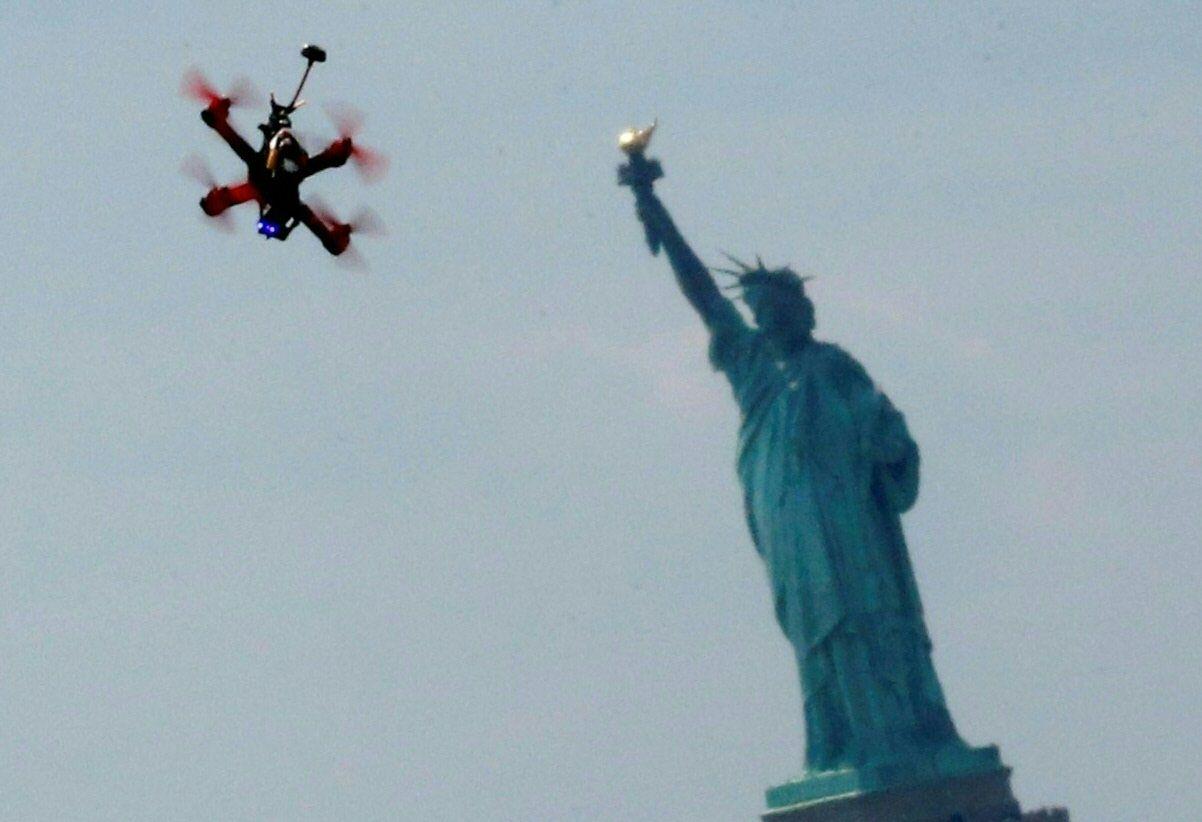 01_08_Drone_New_York
