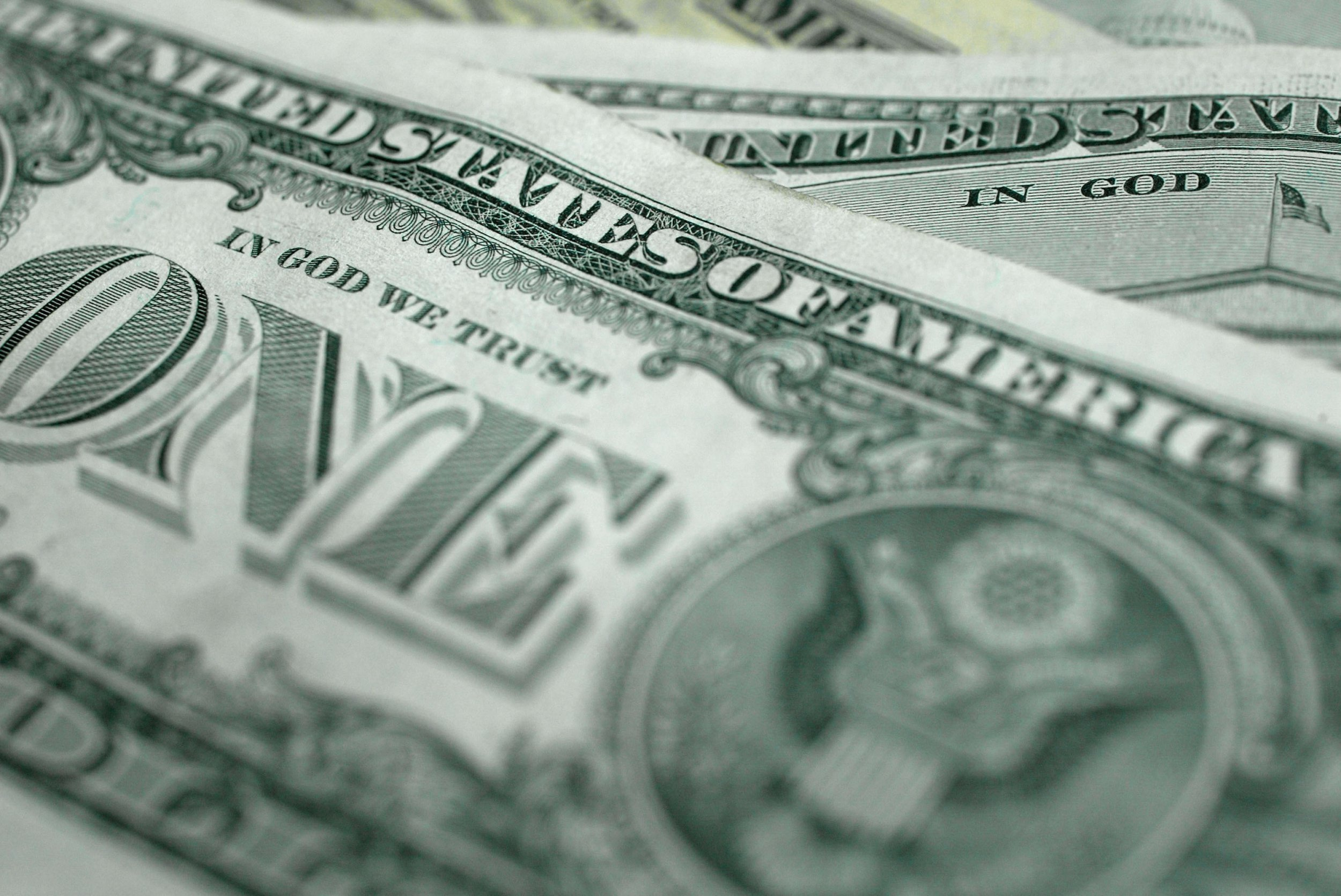 01_08_Money_01