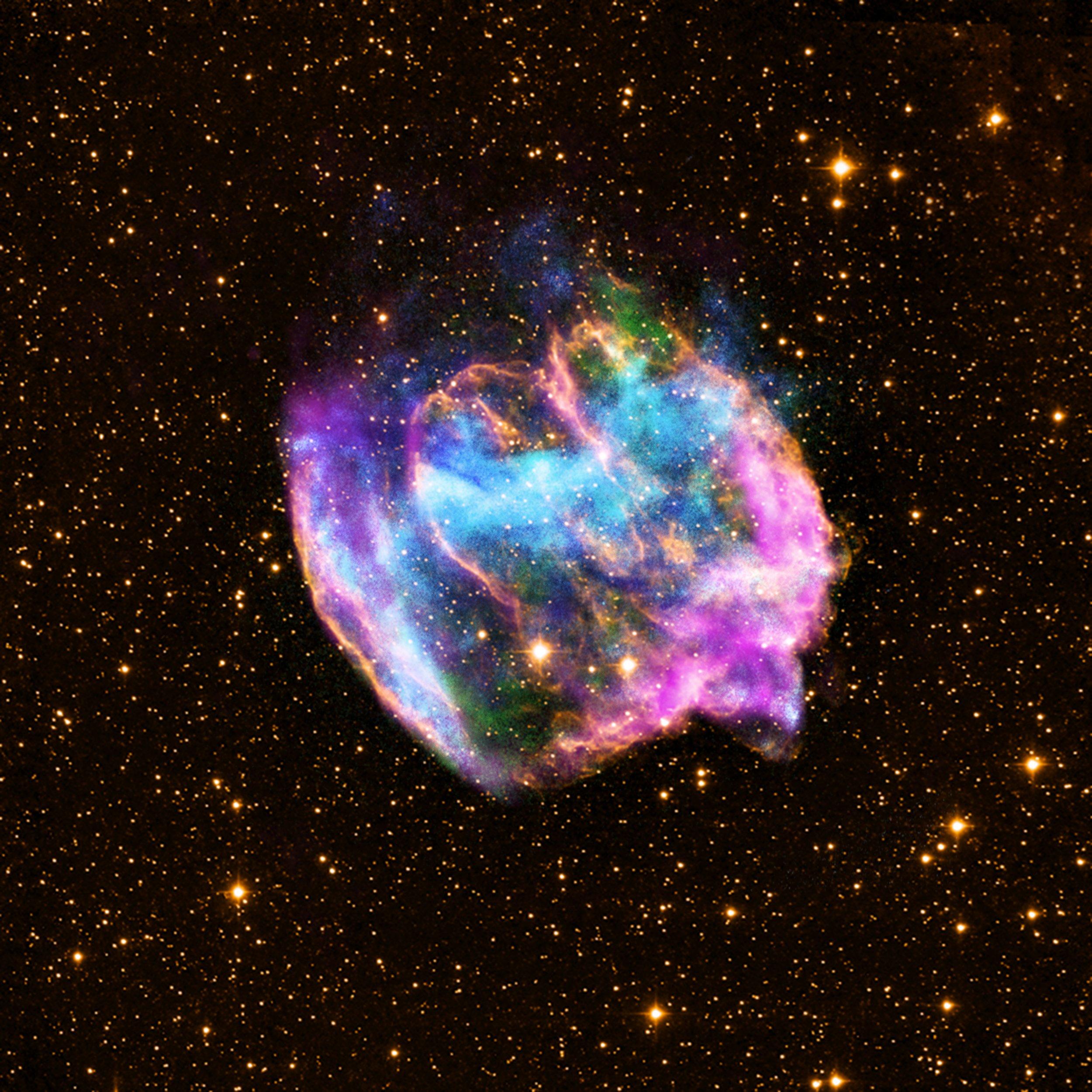 01_08_supernova_explosion_remnant