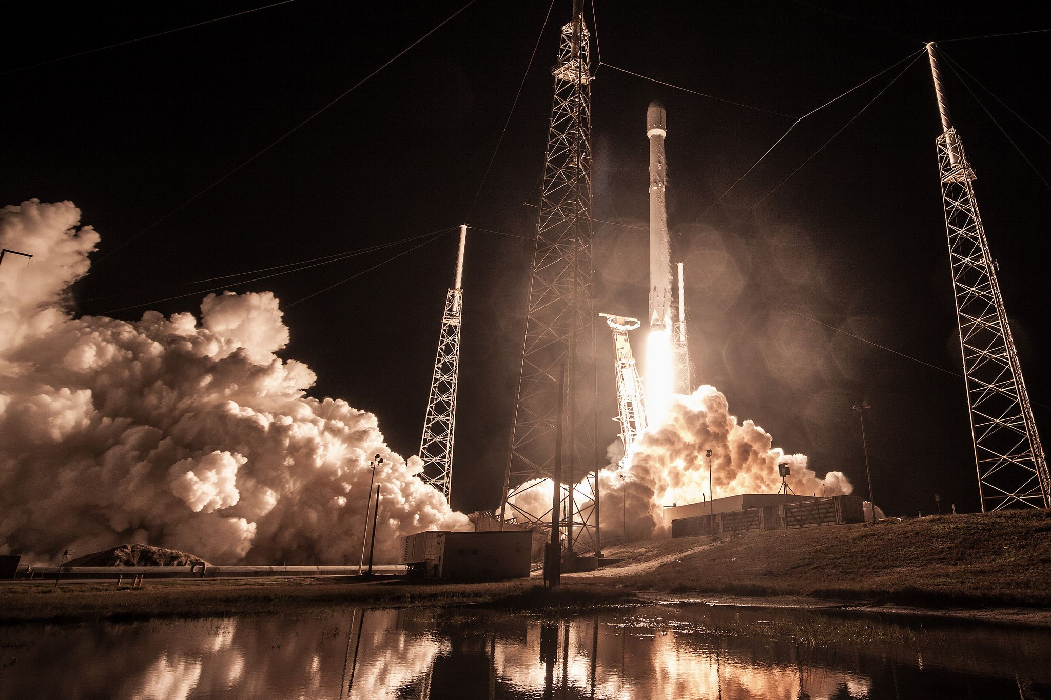 1_9_SpaceX Zuma Launch