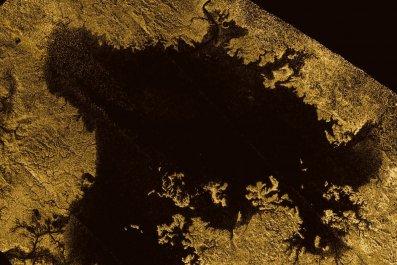 01_09_titan_surface_geology