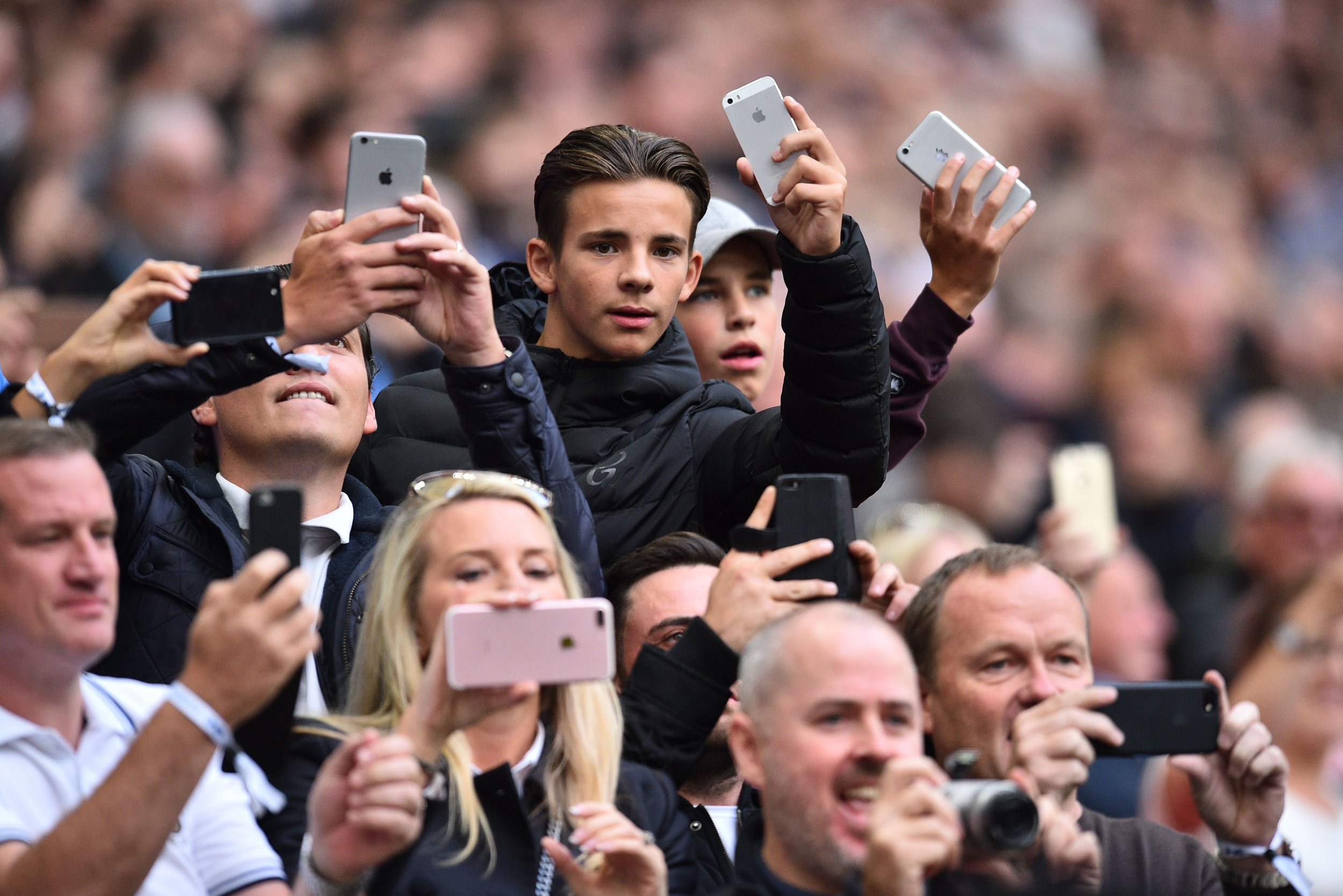 fans phones